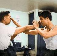 Bruce Lee Finger Jab